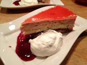 Rubarb marscapone cream mousse cake